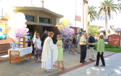 Easter Service 011